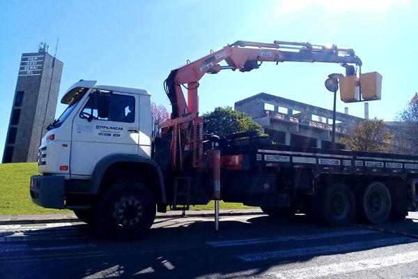 Locação de Caminhão Munck em Curitiba